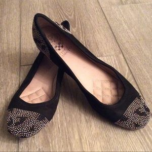 Vince Camuto Black Suede Beaded Flats Size 8.5
